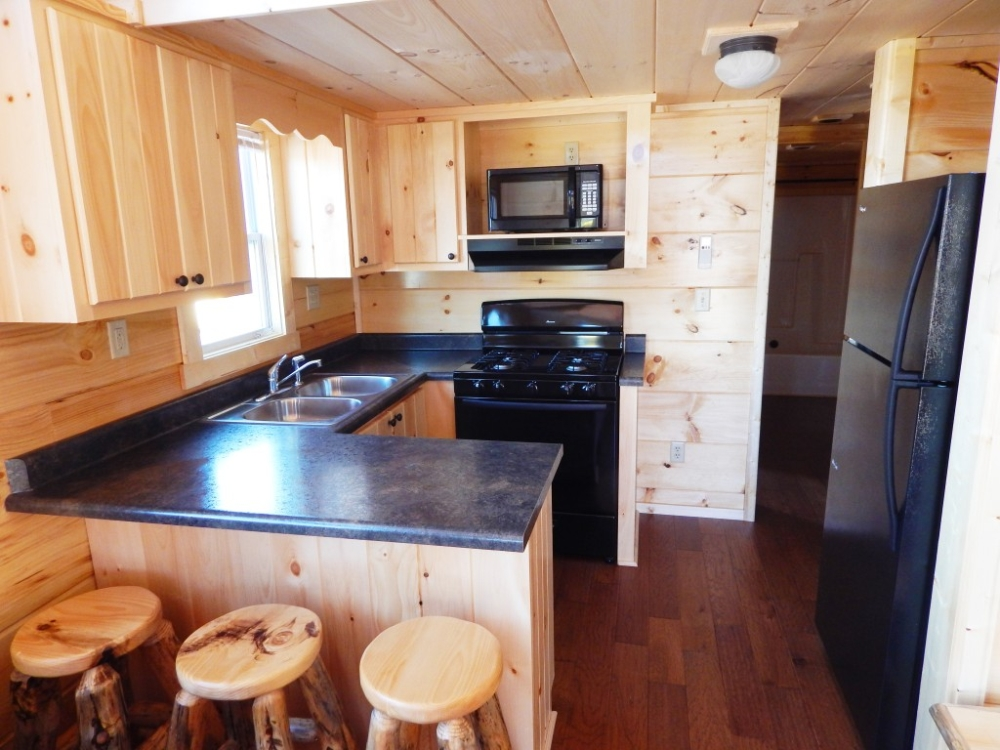 38 39 x 14 39 riverview bunkhouse park model log cabin for Log cabin cost per square foot