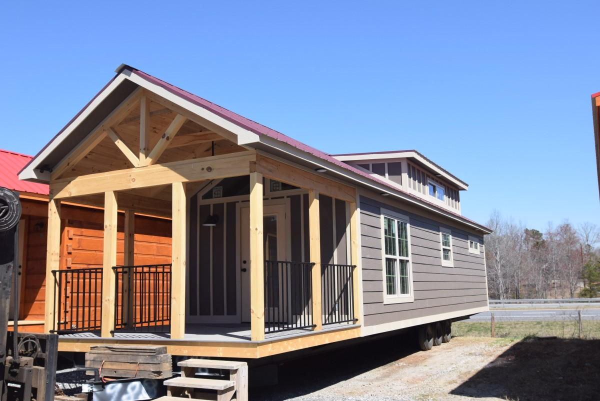 Mountain Recreation Log Cabins